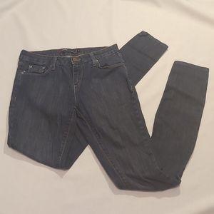 BDG CIGARETTE Dark Blue Skinny Jeans. Size27